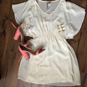 Mimi Chica flowy white dress